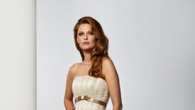 Piękna i elegancka suknia ślubna firmy Herm's, model LIADORE z 2008 roku