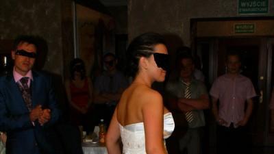 Piękna i niepowtarzalna suknia ślubna Papilio 925