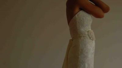 Piękna koronkowa suknia ślubna pół rybka, litera A rozm 36, ecru