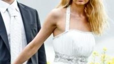 Piękna, lekka, zwiewna suknia w stylu greckiej bogini