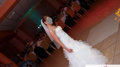 Piękna suknia Annais model Carrea