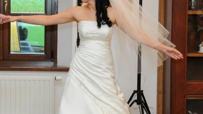 Piękna suknia CYNTHIA firmy Ms Moda