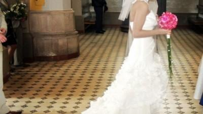 Piękna suknia Emmi Marriage