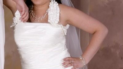 Piękna suknia Firmy Elizabeth