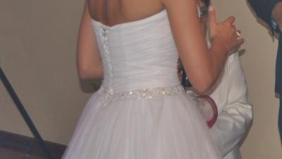 Piękna suknia krótka