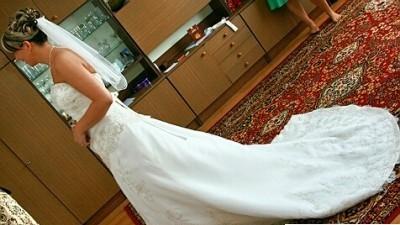 Piękna suknia MOON