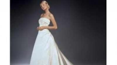 Piękna suknia śluba +koronkowe bolerko