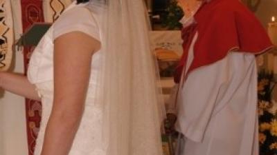 Piękna suknia śluban La Sposa
