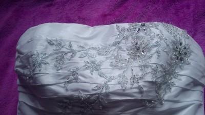 Piękna suknia ślubna AGNES - białą
