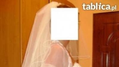 Piękna suknia ślubna Agora