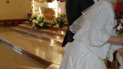 piękna suknia slubna ecru rozm 36