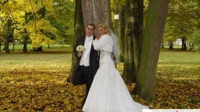piękna suknia ślubna emmi miriage serenada