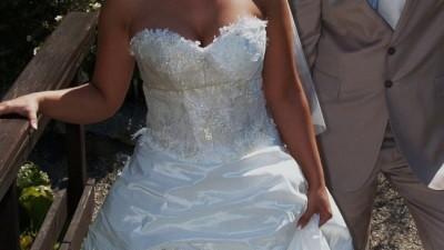 Piękna Suknia Ślubna firmy Lretta: Emmi Mariage SPRZEDAM