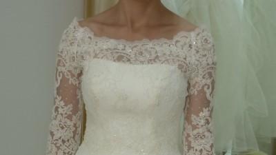 piękna suknia ślubna 'Gallina' z dodatkami!