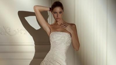 Piękna suknia ślubna hiszpańskiej firmy Pronovias model ,34/36, jasny ecru