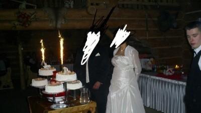 piekna suknia ślubna idealna dla kobiety w ciązy maskująca