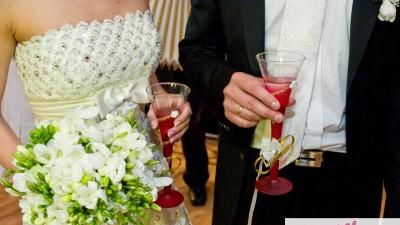 piękna suknia ślubna Kolekcja 2012!!!