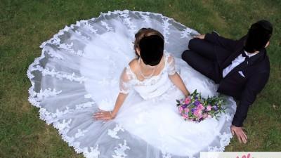 Piękna Suknia Ślubna koronkowa Herm's Magenta kolor Ivory