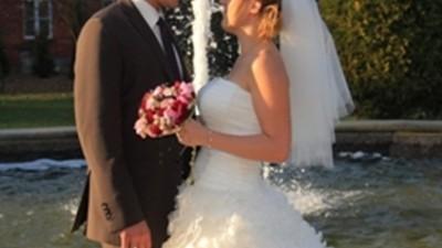 piękna suknia ślubna marki sposabella