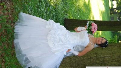 Piekna suknia slubna r.38
