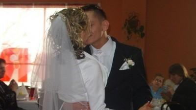 Piękna Suknia Ślubna !!!!ROZMIAR S !!! Za tą CENE!!! ? Naprawde WARTO :)