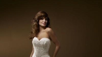 Piękną suknia ślubna  w kolorze ecru  amerykańskiej firmy Mori model 2170 !!!