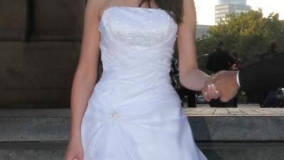 Piękna suknia ślubna White Rose R370