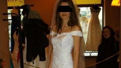 Piękna suknia ślubna,wyszywana kryształkami swarovskiego