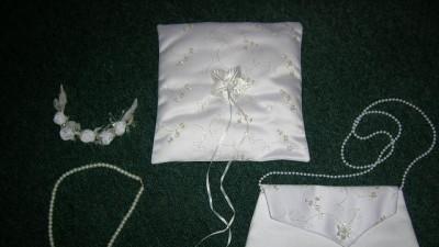 Piękna suknia ślubna z dodatkami- okazja !!!