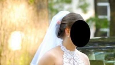 Piękna suknia ślubna z dodatkami - zapraszam