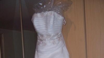 Piękna suknia z kolekcji Eddy K.