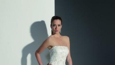 Piękna suknie ecru kolekcja 2008
