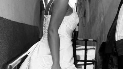 Piękna, zjawiskowa suknia  ślubna na każdą figurę