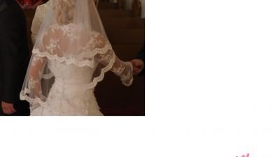 Piękne koronkowe bolerko ślubne