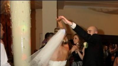 Pronovias Nalon-czarująca suknia ślubna