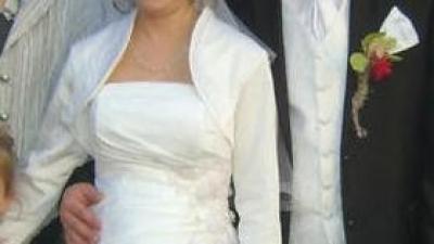 Przepiekna Biała  suknia Slubna. rozmiar  36/38