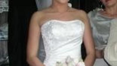 przepiękna elegancka suknia +halka z kołem+welon+szal
