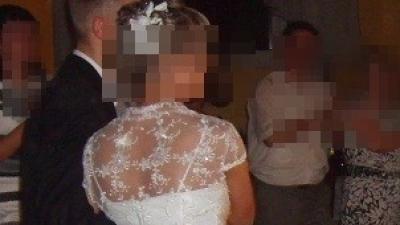 Przepiekna Prosta Suknia Ślubna