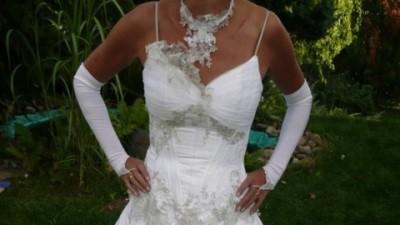 Przepiękna, śnieżnobiała suknia ślubna kupiona w salonie + dodatki
