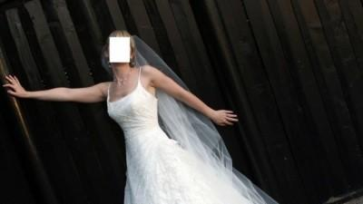 Przepiekna suknia DIETRIH Madonna