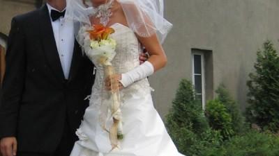 Przepiękna suknia ślubna Galaxy Farage