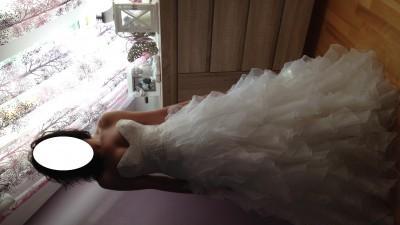 Przepiękna suknia ślubna model Maggio Ramatti Bugatti