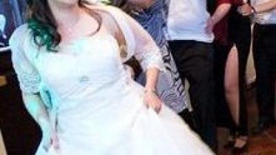 Przepiękna suknia ślubna na wyjątkowy dzień!!