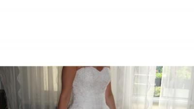 Przepiękna suknia ślubna typu princessa  + dodatki