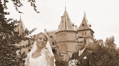 przepiękna suknia ślubna z bolerkiem