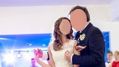 Romantyczna, koronkowa suknia ślubna Gala Aster. Rozmiar 34/36