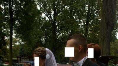 Romantyczna suknia ślubna biała srebrne dodatki welon pas wpinka gratis
