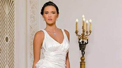Skromna i piękna suknia MARGARETT rozm. 42/44