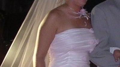 skromniutka suknie ślubna