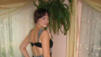 Ślczna suknia wieczorowa firma Boutique Wiktoria